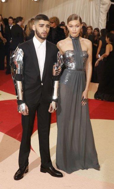 Gigi Hadid ve Zayn Malik birlikte yaşayacak