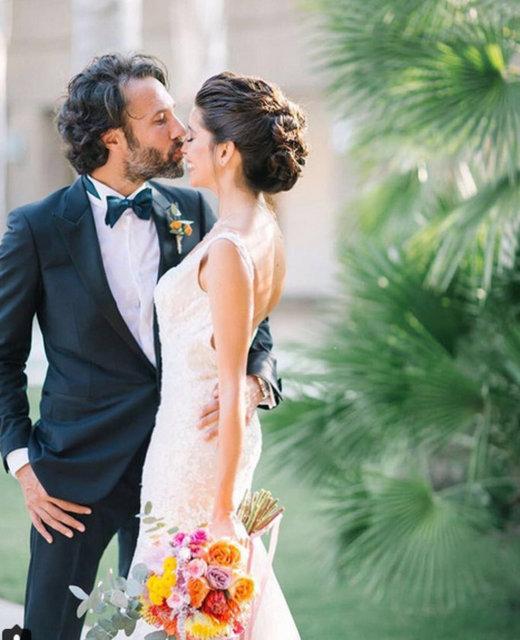 Elvin Levinler ve Bülent Kocamanoğlu çiftinin Torba'daki bir otelde düzenlenen nikahına aileleri ve yakın arkadaşları katıldı.