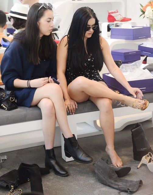 Ariel Winter ayakkabı alışverişinde