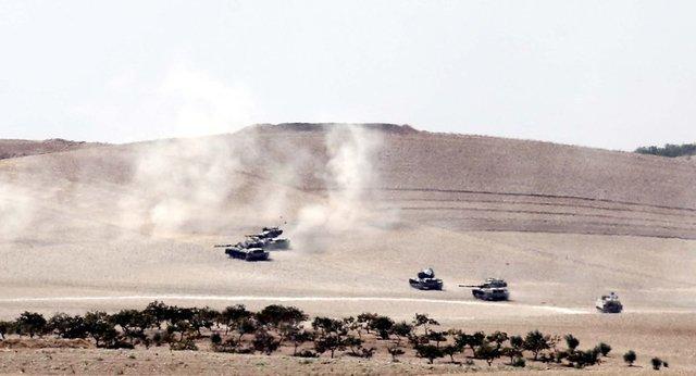 TSK'nın Cerablus'a askeri harekatından ilk kareler