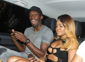 Usain Bolt çapkınlık turunda