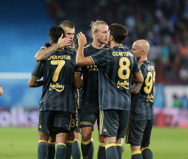 Avrupa Ligi'nde rakiplerimiz belli oldu. Fenerbahçe A Grubu'nda, Osmanlıspor L Grubu'nda, Konyaspor H Grubu'nda yer aldı.