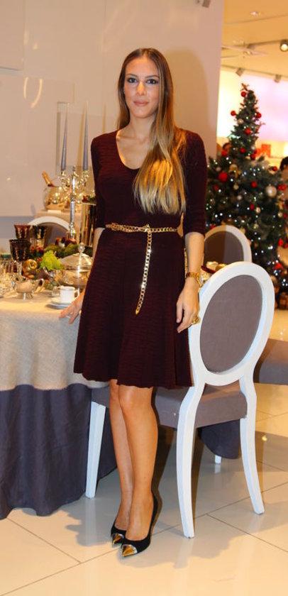 <p>ROMINA GARİH</p>