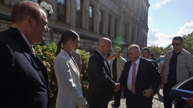 """""""Türkiye İyi Gelecek"""" konferansından kareler"""