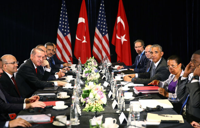 Cumhurbaşkanı Erdoğan, G20 Devlet ve Hükümet Başkanları Zirvesi'ne katılmak için geldiği Çin'in Hangcou kentinde, ABD Başkanı Obama ile bir araya geldi