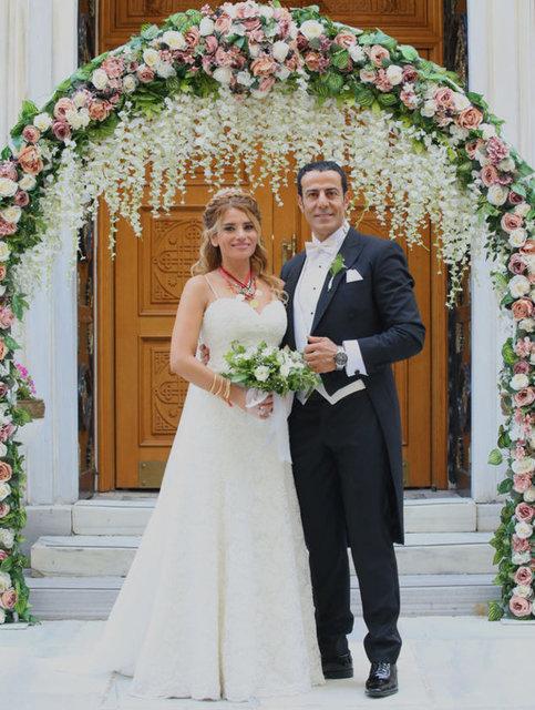 Ünlüleri buluşturan düğün!