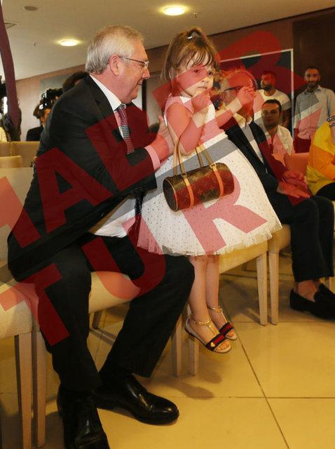 Fenerbahçe, Hello Kitty'le sponsorluk anlaşması imzaladı
