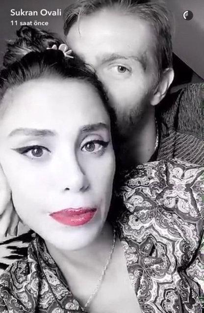 Caner Erkin ile Şükran Ovalı yazın evleniyor