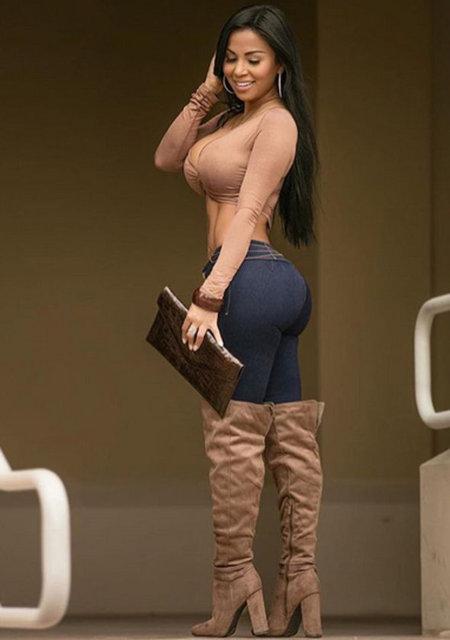 Nikaragualı Kardashian Dolly Castro