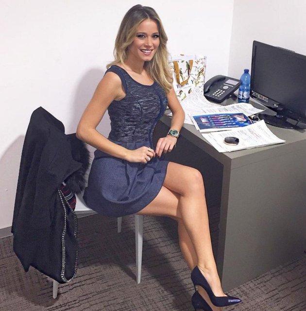 Sky Sports Italia'da sunuculuk yapan Diletta Leotta, büyük beğeni topluyor.