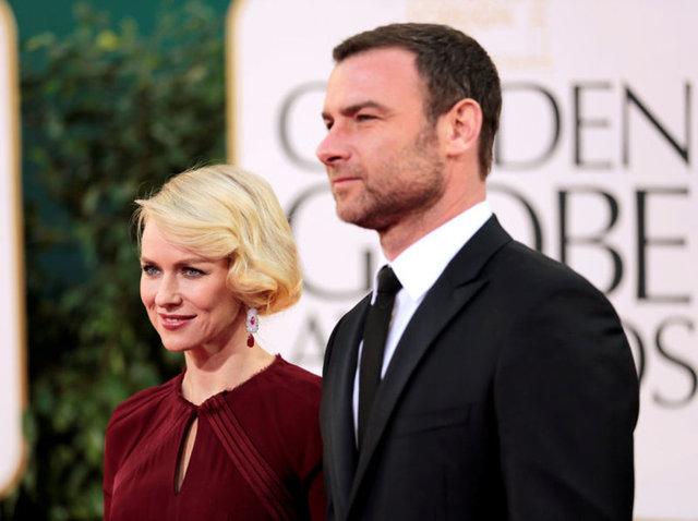 Avustralyalı aktris Naomi Watts (47) ve aktör sevgilisi Liev Schreiber (48) ilişkilerine son verdiklerini doğruladı.