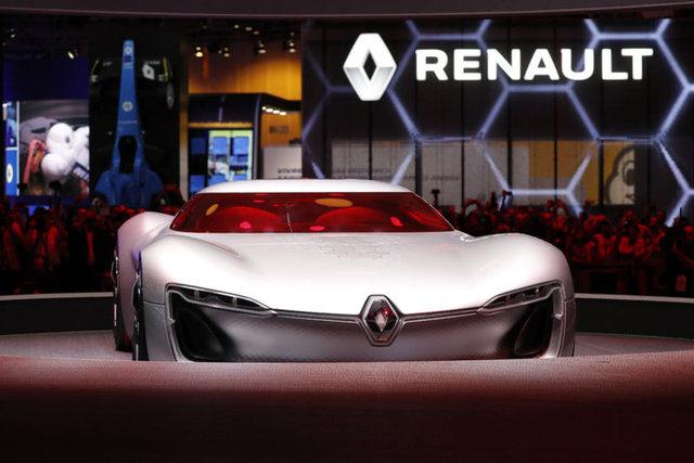 Renault, Paris Otomobil Fuarında, Türkiyede üretilen yeni Megane Sedan ve konsept otomobil TREZORun dünya promiyerini gerçekleştirdi.