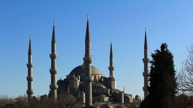 İstanbul'un hangi ilçesinde kaç cami var?