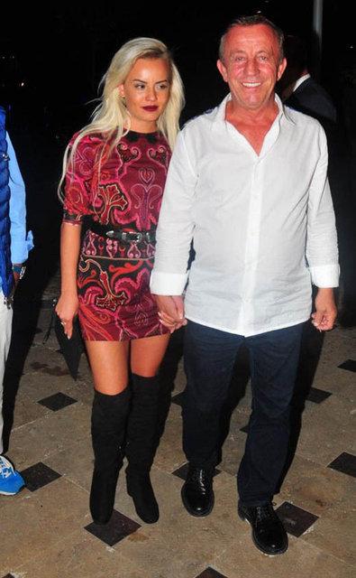 Ünlü işadamı Ali Ağoğlu, önceki akşam yaza veda partisi düzenledi. Ataşehir'deki bir mekanda düzenlenen partide Hande Yener ve oğlu Çağın Kulaçoğlu sahneye çıktı.