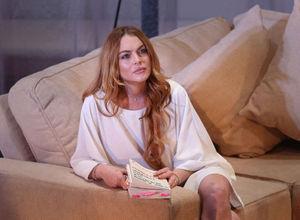 Lindsay Lohan'ın parmağı koptu