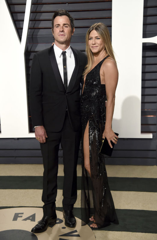 <p>JUSTIN THEROUX, JENNIFER ANİSTON</p>