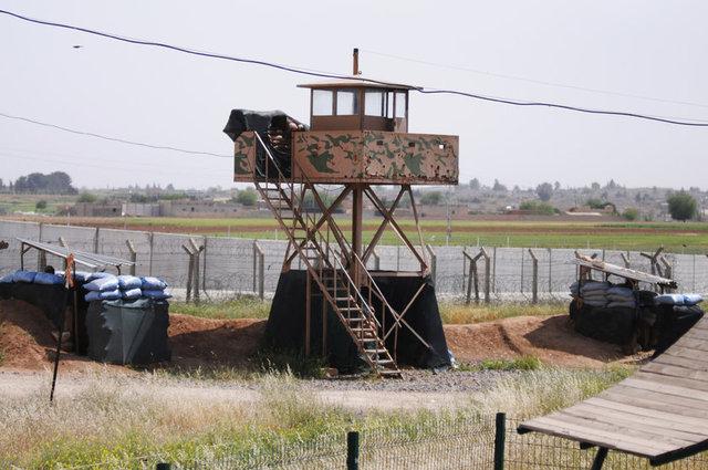 40 bin nüfuslu Ceylanpınar'ın karşısında bulunan Suriye'nin Haseki kentine bağlı Rasulayn ilçesinin kontrolü 2012 yılında rejim güçlerinin elinden Özgür Suriye Ordusu kontrolüne girdi. Ancak, ilçenin kontrolü 2013 yılı ikinci yarısında terör örgütü PYD denetimine geçti.
