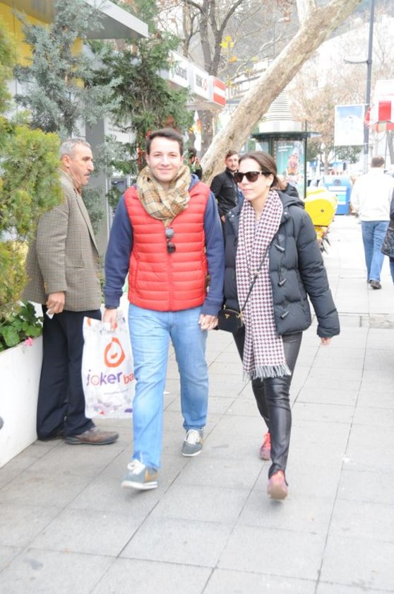 <p>ARZU KOMİLİ - SİNAN BAŞTAŞ</p>