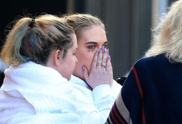 İngiltere'nin Manchester kentindeki patlama salonun içi ve dışında büyük paniğe yol açarken, konsere anne veya babasıyla giden onlarca çocuk kayboldu.