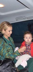 Ayşegül Yıldız ile kızı Elif Ada'nın fotoğrafları
