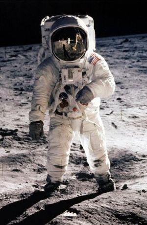 Ay tozu açık arttırmada satılacak