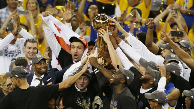 NBA'de şampiyon Golden State Warriors oldu