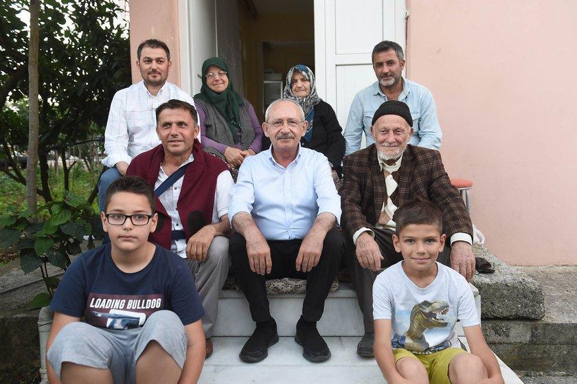 <p><strong>KILIÇDAROĞLU'NUN YÜRÜYÜŞÜNÜN 15. GÜNÜ</strong></p>\n<p>Kılıçdaroğlu, mola verdiği yerde bir ailenin misafiri oldu.</p>
