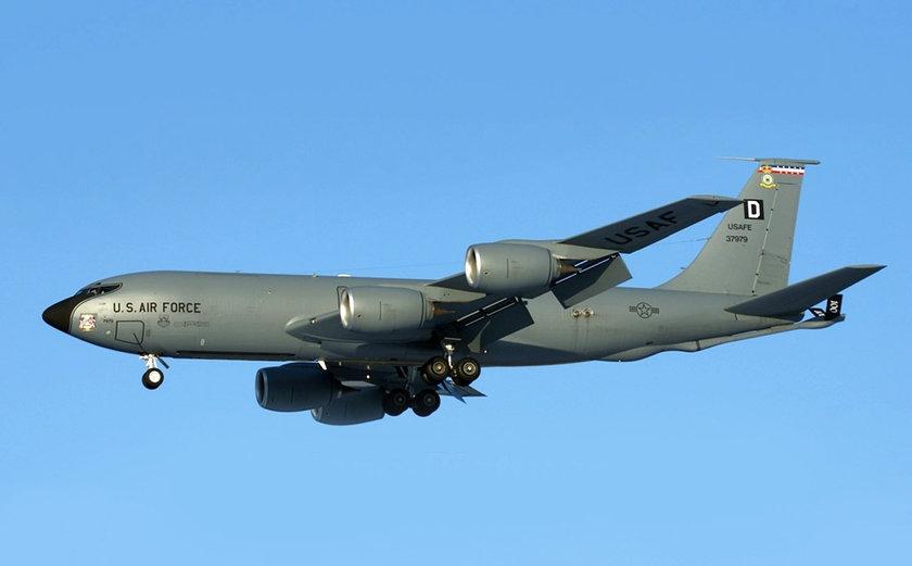 <p>Boeing KC-135 Stratotanker - ABD</p>