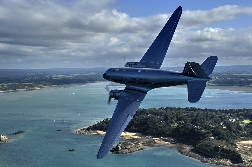 <p>Douglas DC3 - ABD</p>