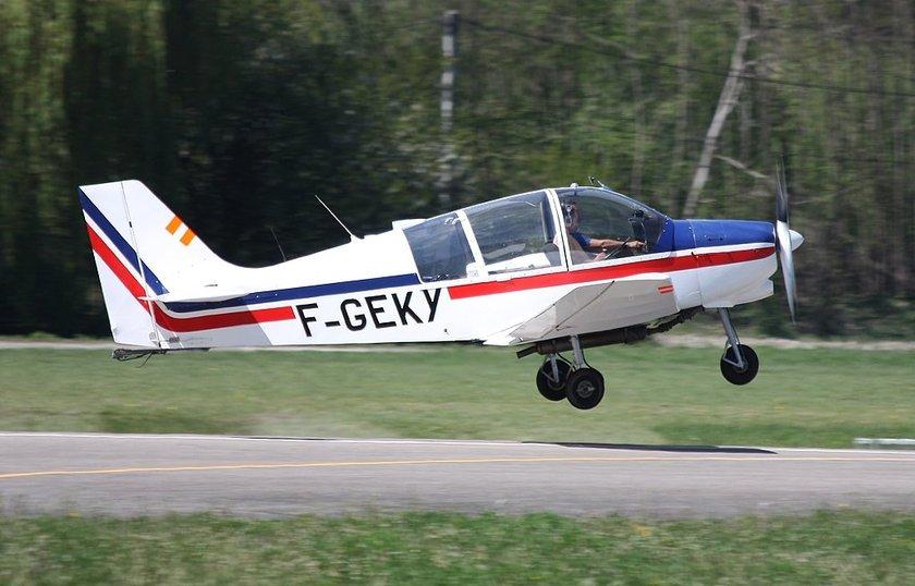 <p>Avion Pierre ROBIN - DR 400/180 R - FRANSA</p>