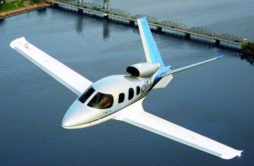 <p>Cirrus Vision Jet - ABD</p>