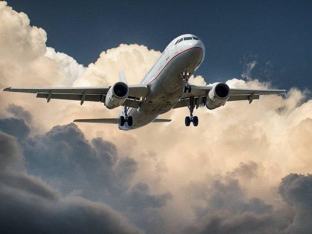 Skytrax, 2017 yılının en iyi havayolu firmalarını Paris'te düzenlenen Air Show'da açıkladı. Yaklaşık 20 milyon kişinin katıldığı ve 325 havayolunun değerlendirildiği listede zirvedeki havayolu bu yıl değişirken, geçen sene 7. sırada olan THY bu sene en iyi havayolları içerisinde 12'inci sırada yer aldı.  İşte Skytrax'e göre dünyanın en iyi 100 havayolu şirketi...