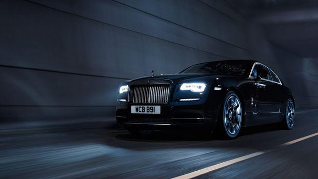 Rolls Royce Black Badge tanıtıldı