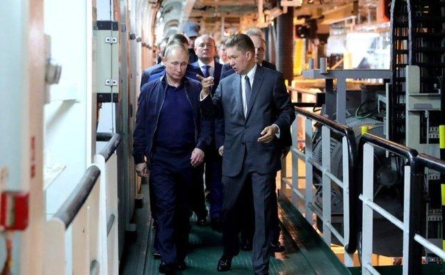 Rusya Devlet Başkanı Vladimir Putin, iş gezisi nedeniyle Rusya'nın Krasnodar Krayı'ını ziyaret etti.