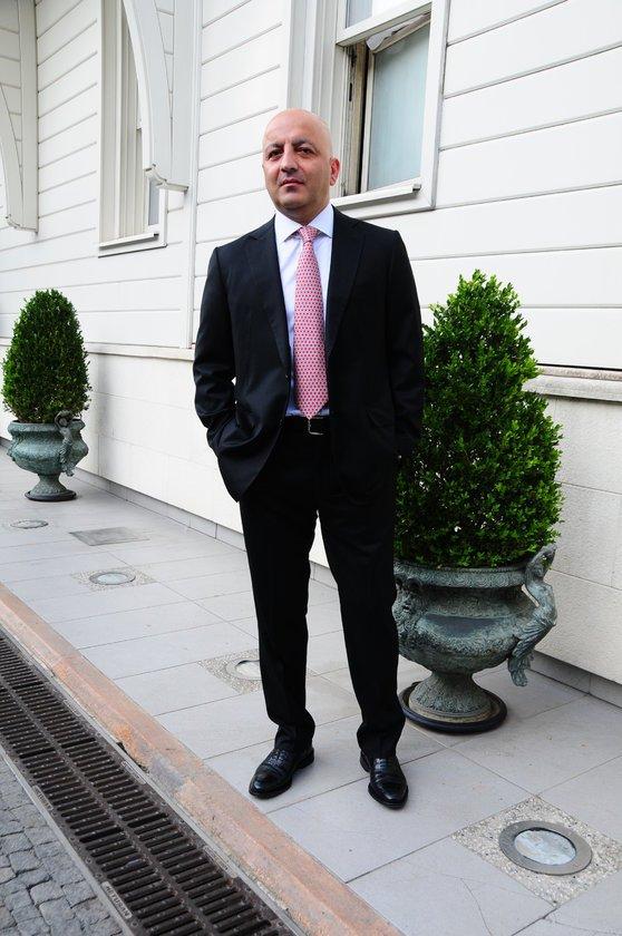 <p>M&Uuml;BARİZ MANSİMOV</p>