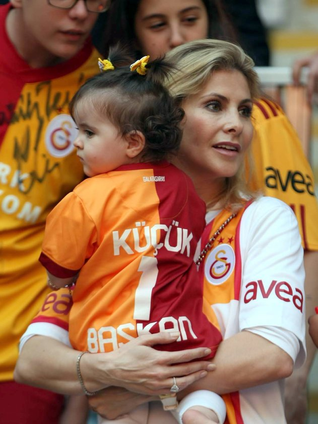 <p>FANİ, ALİN AYSAL</p>