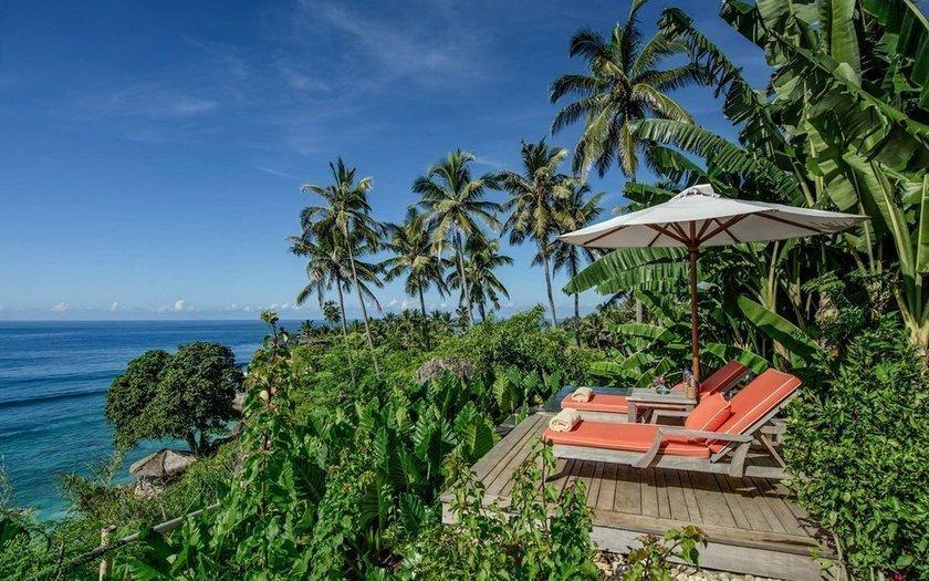 <p>1. Nihi Sumba Island (önceki ismi Nihiwatu),Endonezya</p>