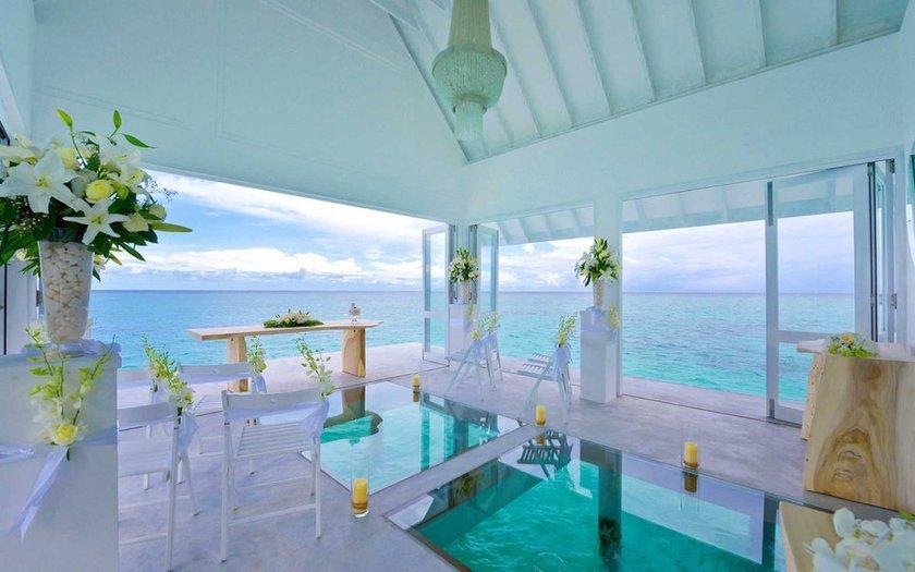 <p>63. Four Seasons Resort Maldives (Landaa),Giraavaru, Maldivler</p>