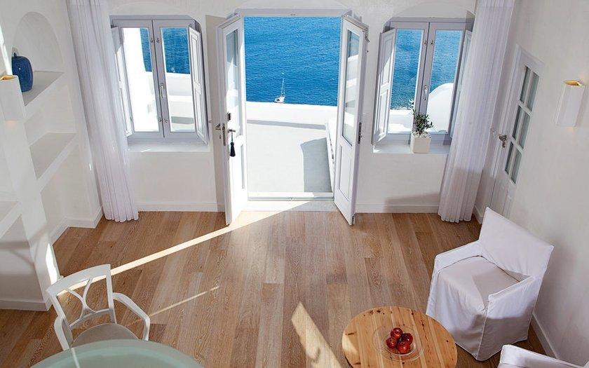 <p>92.Katikies Hotel, Santorini, Yunanistan</p>