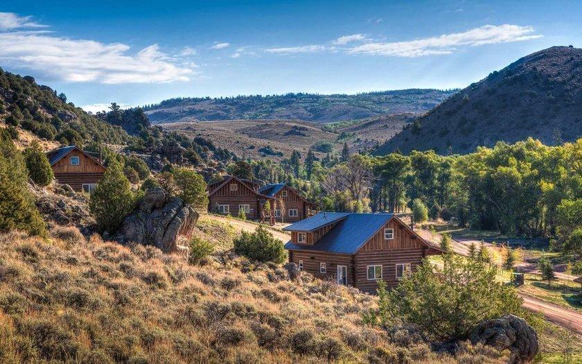 <p>3. Brush Creek Ranch Lodge & Spa, Wyoming, ABD</p>