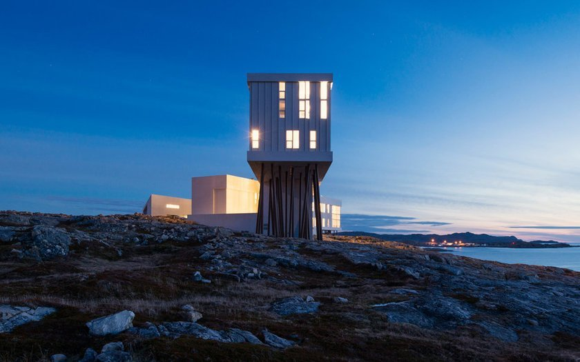 <p>12. Fogo Island Inn, Newfoundland, Kanada</p>
