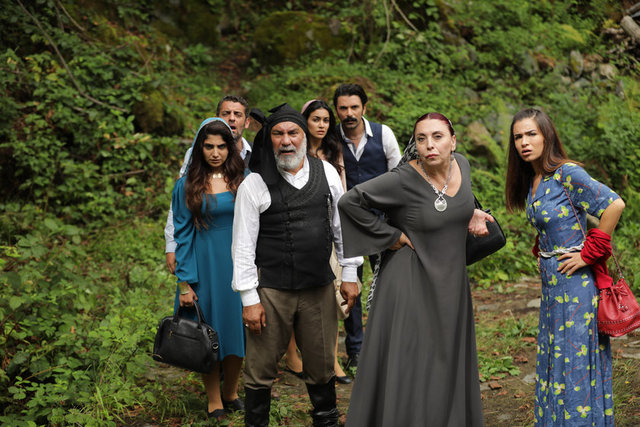 На турецкий руском келин изо все серии языке сериал