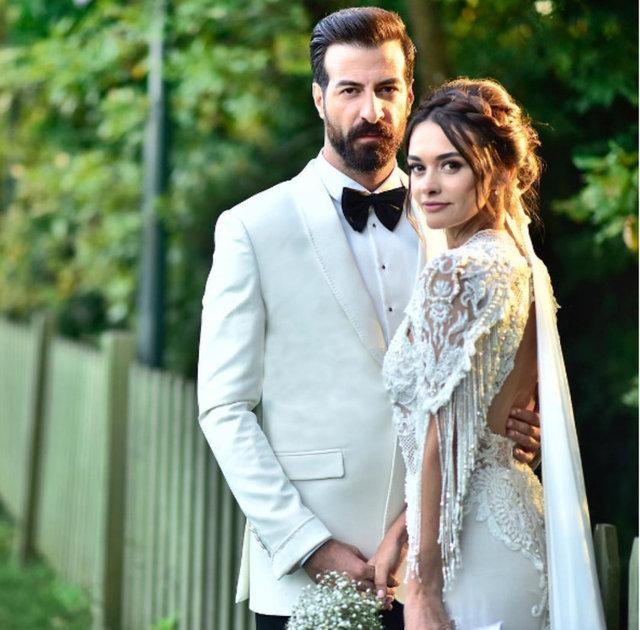 Hande Soral, 2.5 yıldır birlikte olduğu İsmail Demirci'yle  dün akşam düzenlenen törenle evlendi.