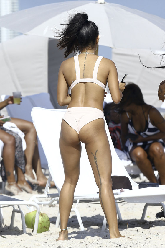Karrueche'in Miami tatili