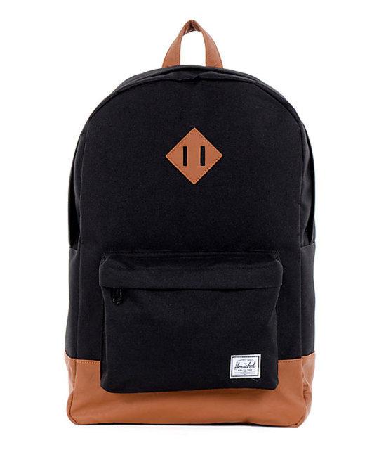 Çantaların birçoğunun merkezinde bulunan parçanın konulma nedeni tasarım özelliğinden kaynaklanmıyor.