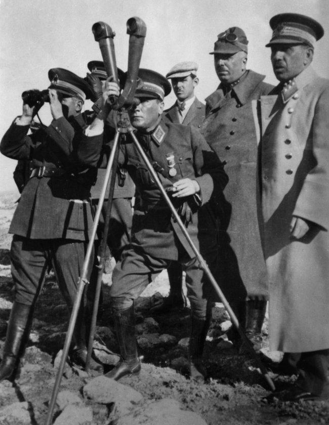 <p>Atatürk'ün vefatı üzerine, doktorlarının düzenlediği 10 Kasım 1938 tarihli resmi ölüm raporu da paylaşıldı.</p>