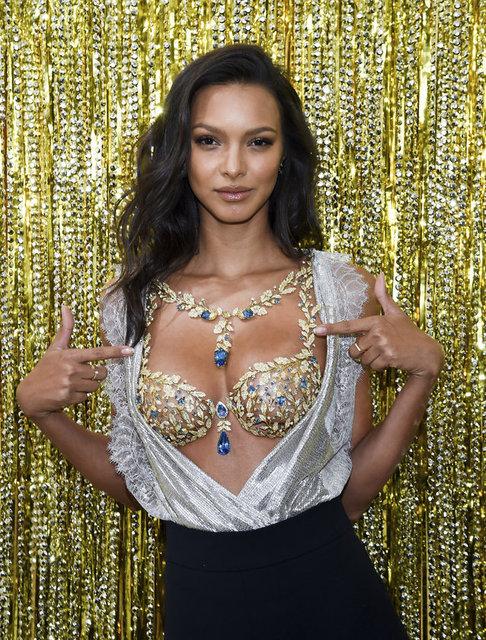 İç giyim firması Victoria's Secret'ın her sene özel olarak tasarladığı ve en tecrübeli mankenlerinden birine tanıttığı Fantasy Bra'yı (Fantezi Sütyeni) taşıyacak model belli oldu.
