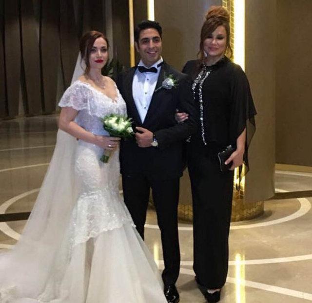 Deniz Seki'nin kardeşi Serkan Seki dün akşam evlendi.