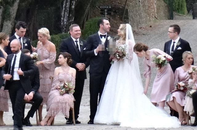 Model ve oyuncu Kate Upton, uzun süredir beraber olduğu, Houston Astros takımında forma giyen beyzbolcu nişanlısı Justin Verlander'la İtalya'da dünyaevine girdi.