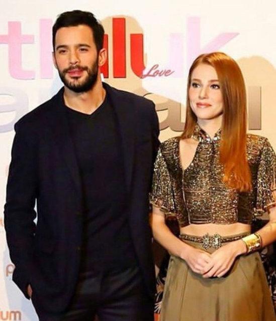 Başrollerini Barış Arduç ile Elçin Sangu'nun paylaştığı 'Mutluluk Zamanı'nın Ankara galası dün akşam yapıldı.
